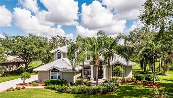 Fort Myers Beach Pool Homes for sale