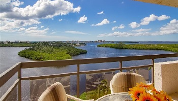Luxury apartments for sale in Fort Myers Beach