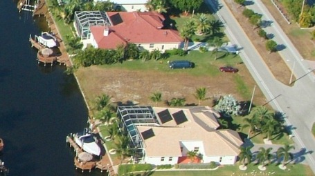 Picture link to gulf access lots for sale in the South of Cape Coral up from $150,000 to $199,999