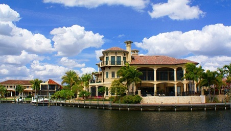Picture link to Luxury Villas for sale in Cape Coral from $1,000,000