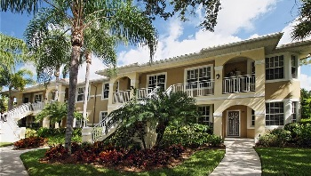 Picture Link to Condos on water for Sale in Naples up to $199,999