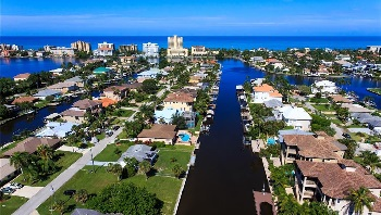 Picture Link to Gulf access Lots for Sale in Naples