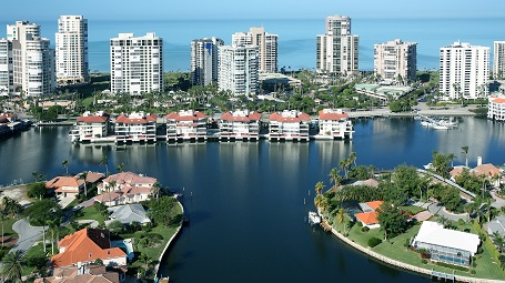Picture Link to Real Estate Listings in Naples