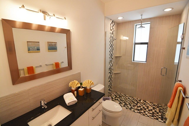 Picture of the New Construction Model Coral Laguna 2 showing the guest bathroom 2