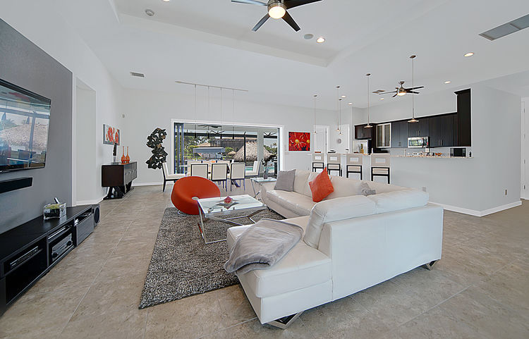 Picture of the New Construction Model Gulf Gateway 2 showing the living area