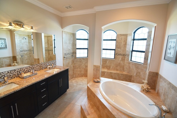 Picture of the New Construction Model Sunset Bay 2 version 1 showing the master bathroom