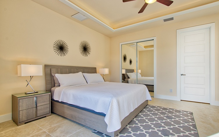 Picture of the New Construction Model Sunset Bay 2 version 2 showing the master bedroom 2 with closet