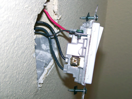 Chinese drywall corrodes electric lines
