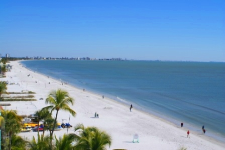 Fort Myers Beach Strand