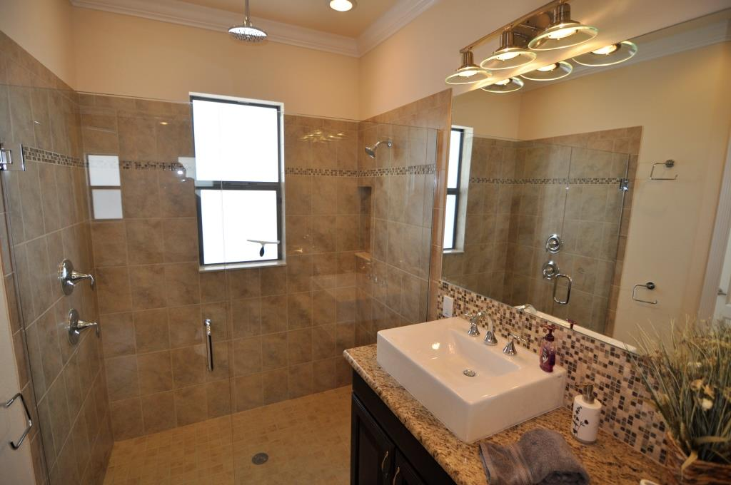 cape coral builder new home model shower glass door