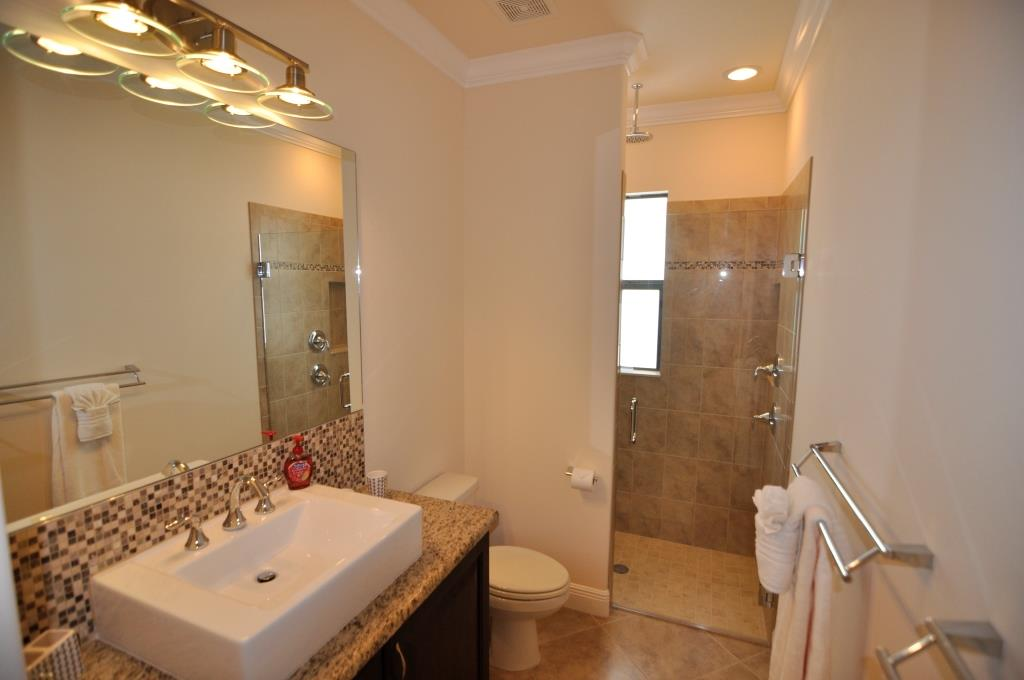 cape coral builder new home model guest bathroom