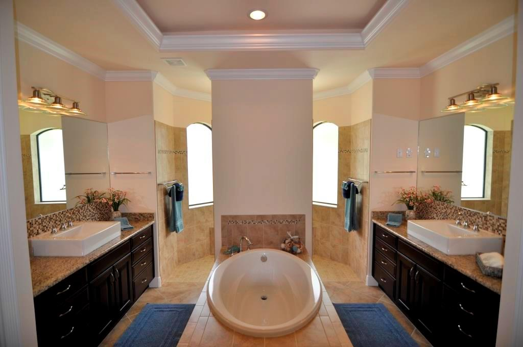 Cape Coral New Home model island oasis bathroom