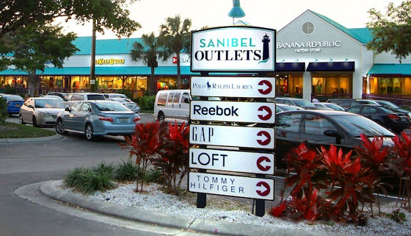 Picture showing shops at the Sanibel Outlets
